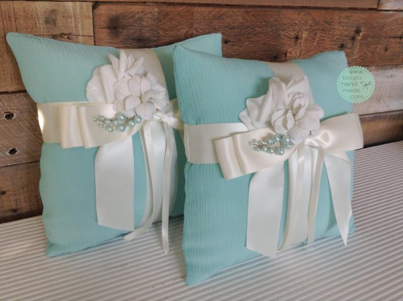 tiffany blue wedding accessories, custom made ring bearer pillows, modern wedding accessories, tiffany blue wedding, custom made wedding accessories,