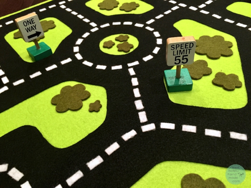 road play mat, road mat, road toy, road map toy, toys for toddler boys, toys for 3 year olds, toys for boys, felt road mat, DIY road mat, DIY felt road, DIY felt road mat, felt projects, cool felt projects, toys for toddlers, handmade toys, handmade gifts, handmade gift, handmade toys for kids, handmade toys for boys, birthday gift idea, birthday gifts for toddler, birthday gifts for boys, play mat, DIY play mat, felt, custom made toys, custom made, fun toys for kids, engaging toys for kids, DIY projects for kids, DIY project, cool DIY projects, DIY toys for kids, DIY toys for toddlers, car stuff for kids, car toys for kids, car accessories for toddlers, car accessories for kids, car mat, car road mat, car mat for kids, car play mat, gifts for kids who love cars, bidziu handmade, bidziuhandmade