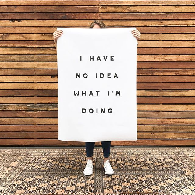 No idea what you're doing? That's TOTALLY okay- so long as you know where to get the help you need to move your business forward. 👨🏼💼👩🏾💻➡️ Did you know the average user logs into social media for nearly 1.7 hours every day or 12 hours a week, according to GlobalWebIndex. Millennials watch more YouTube than TV, by some accounts. Facebook's 1.4 billion monthly active users around the world spend an average of 20-plus minutes a day, everyday, 365 days a year, on the network. (Little wonder that social media now drives more traffic to websites than search engines.) 💻📱🖥 Right now, we're undergoing a business transformation just as momentous as the advent of the Internet and if you're not using social media to reach your customers, get crackin'! 👏🏽👏🏽👏🏽 Visit our website to learn how Social Vida is using social strategy to future-proof businesses for the years ahead. // 📷: @hellohellostudio & @hellohello.shop