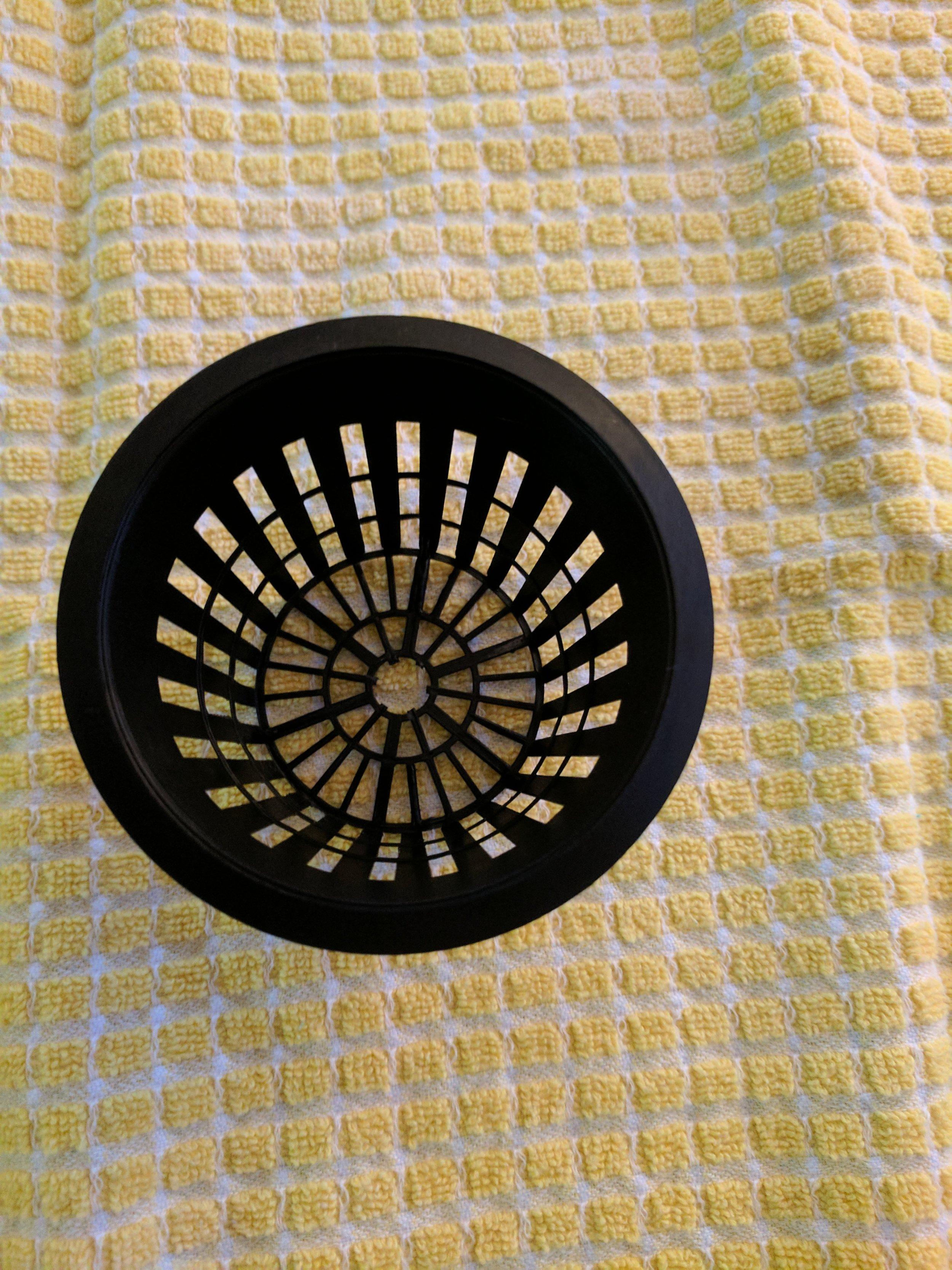 2. Cut a hole in the pot