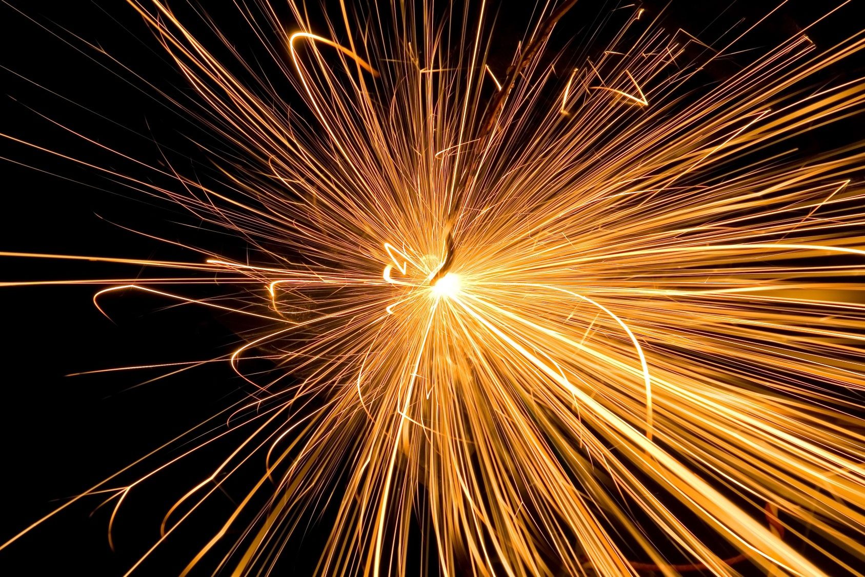 Welding-and-fabrication-welding-spark.jpg