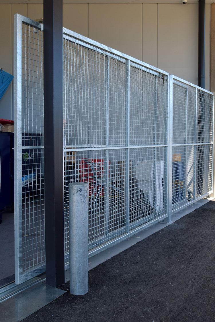 bin-enclosure-custom-sliding-gate.jpg
