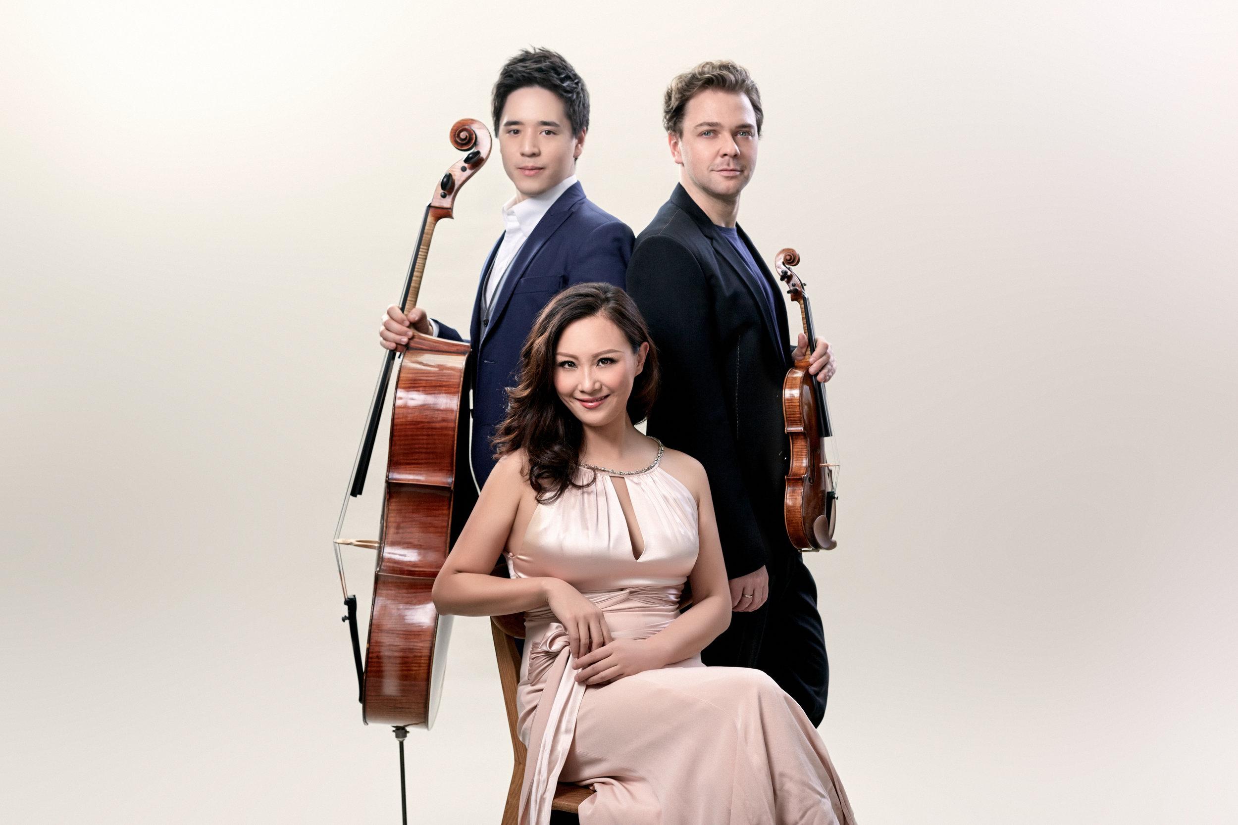 Sitkovetsky trio.jpg