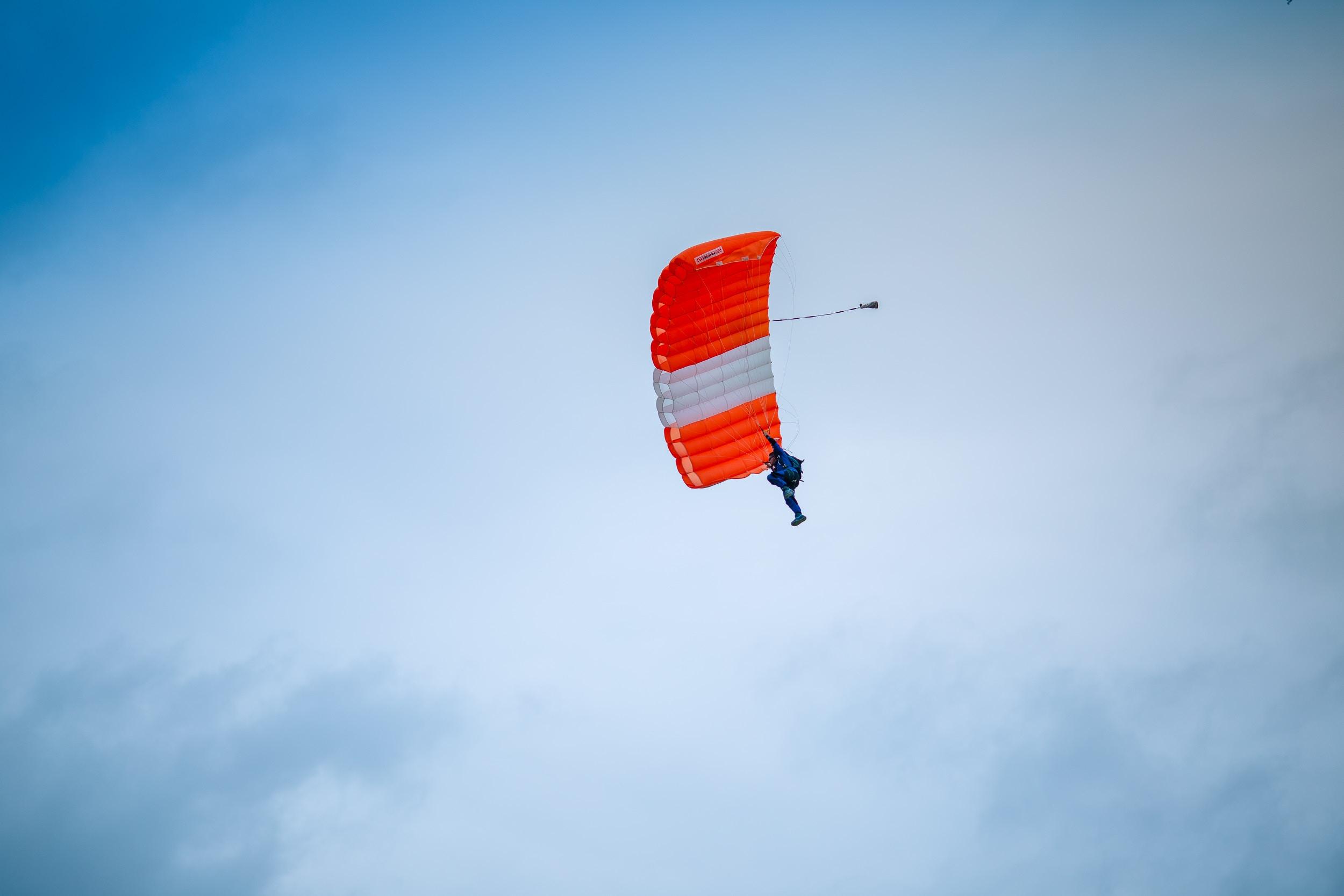 saut-parachute-bassin-arcachon.jpg