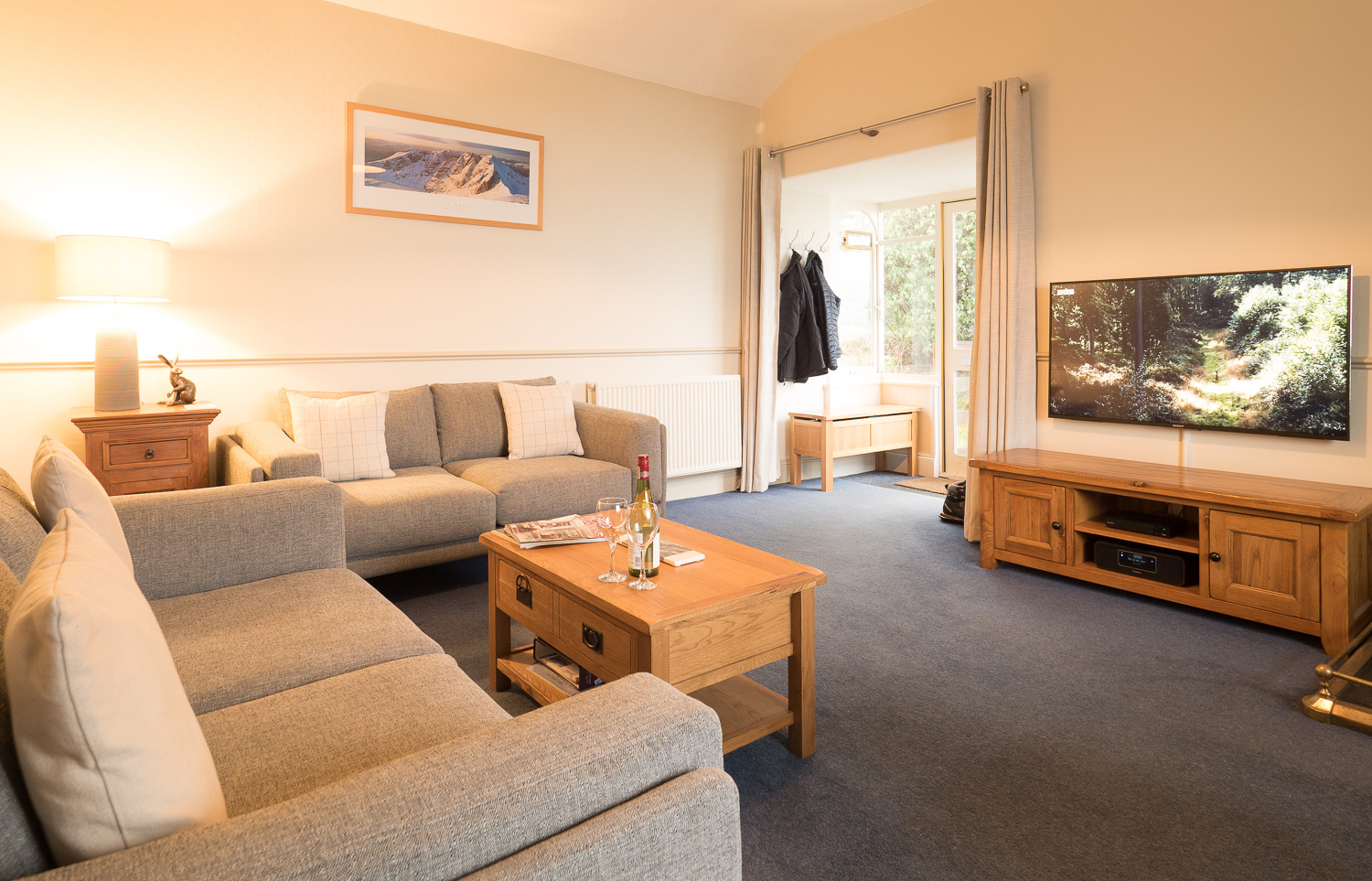 """The lounge has a 50"""" 4k Smart TV with Fibre Broadband for Netflix etc, plus a large Blu Ray & DVD Collection."""