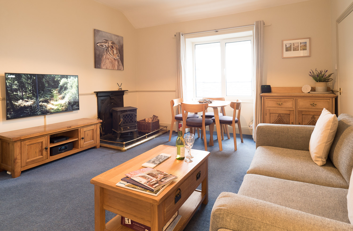 "The lounge has a 50"" 4k Smart TV with internet, plus a large Blu Ray & DVD Collection."