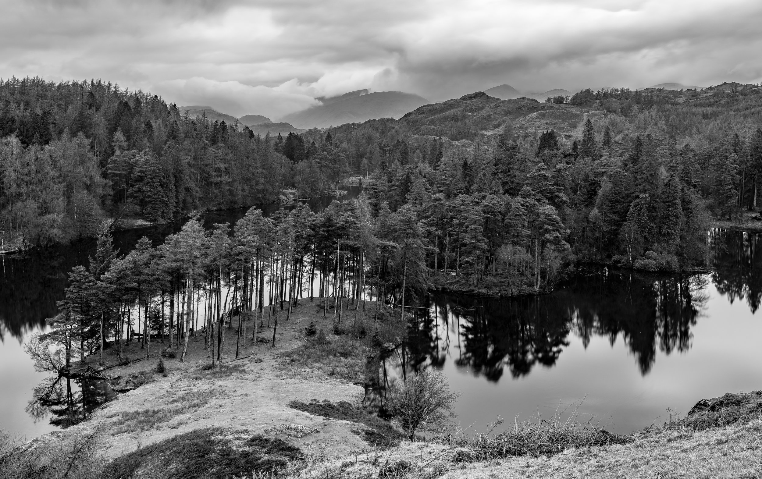 Tarn Hows, December 2018   f/11, 15 sec, 40mm. Lee IRND 4 Stop   Winter is a great time to visit Tarn Hows if you are looking for peace coupled with mood & atmosphere.