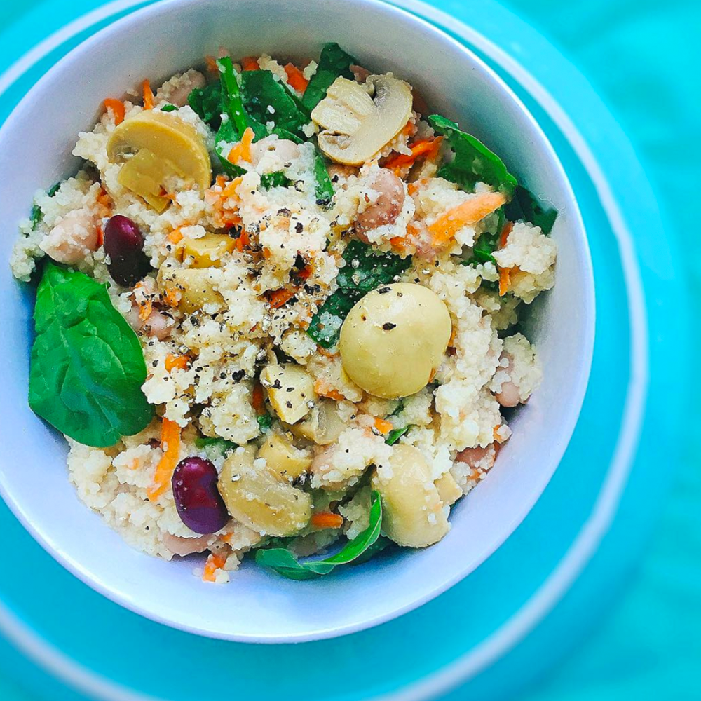imagine-a-lady-cook-vegeterian-food