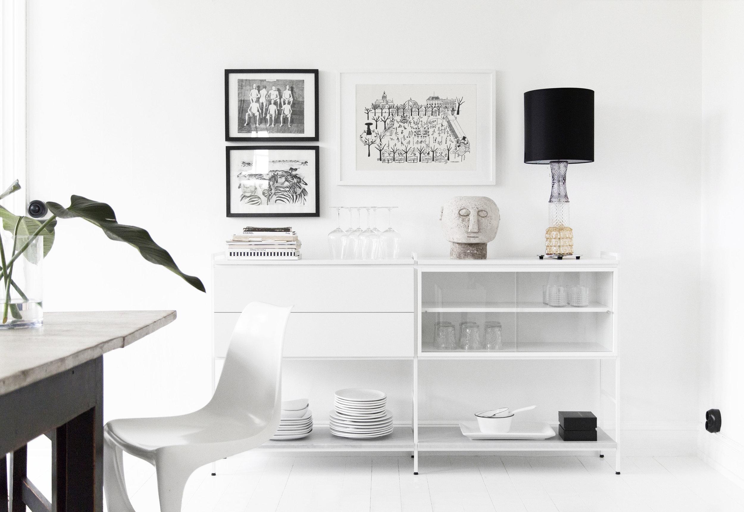 Molto-display-cabinet.jpg
