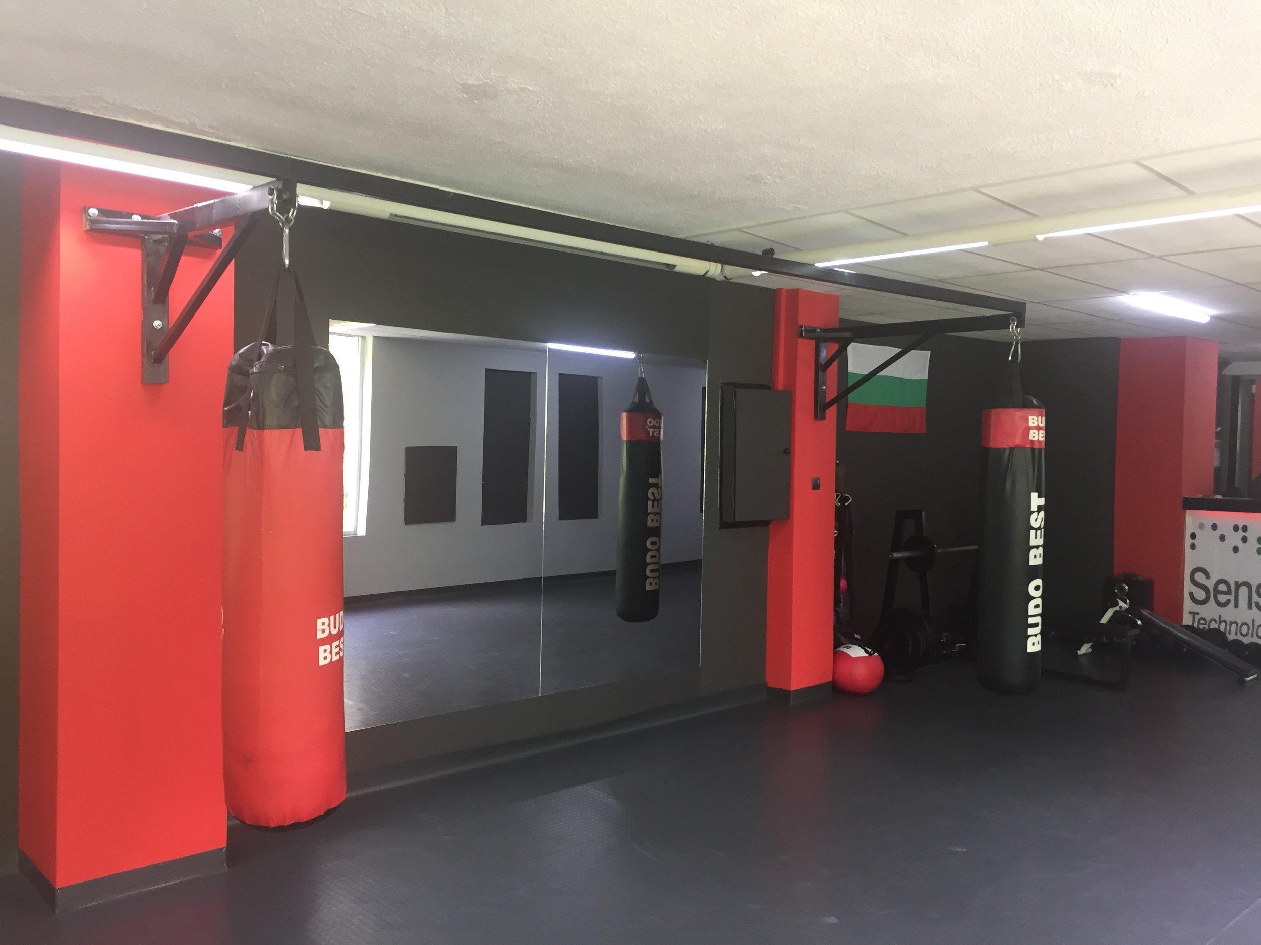 Fight club Sila design in red, Vratsa