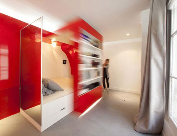 Червеното гнездо - Разположен в Париж, по проект надизайнера Paul Coudamyи озаглавен