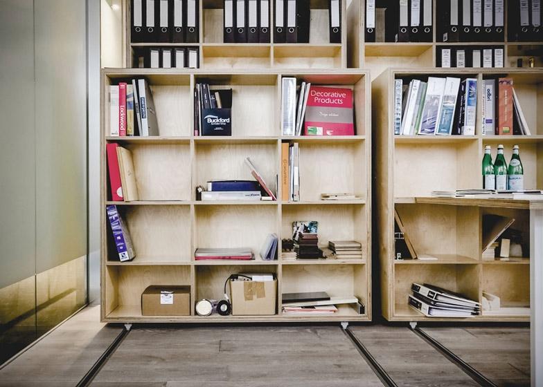 Офис Particular Architects 3.jpg