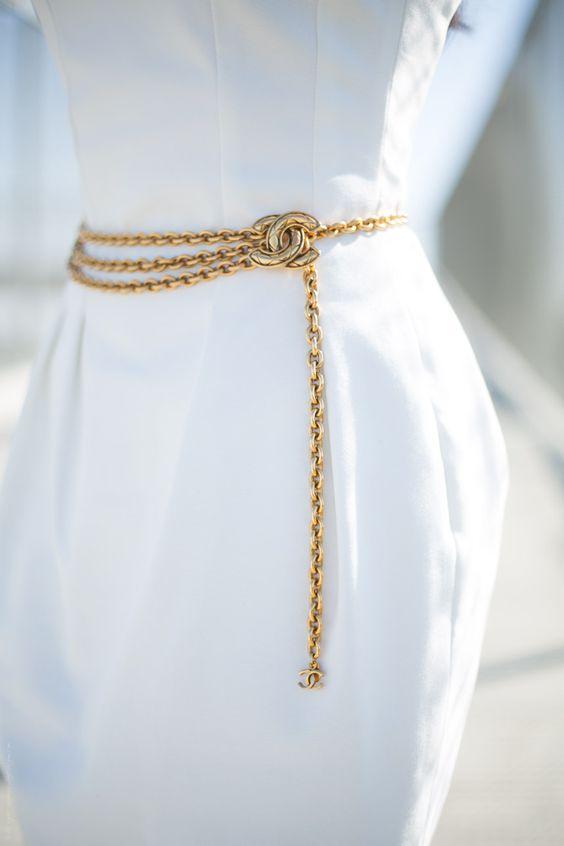 chain belt chanel.jpg
