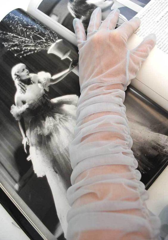 sheer gloves.jpg
