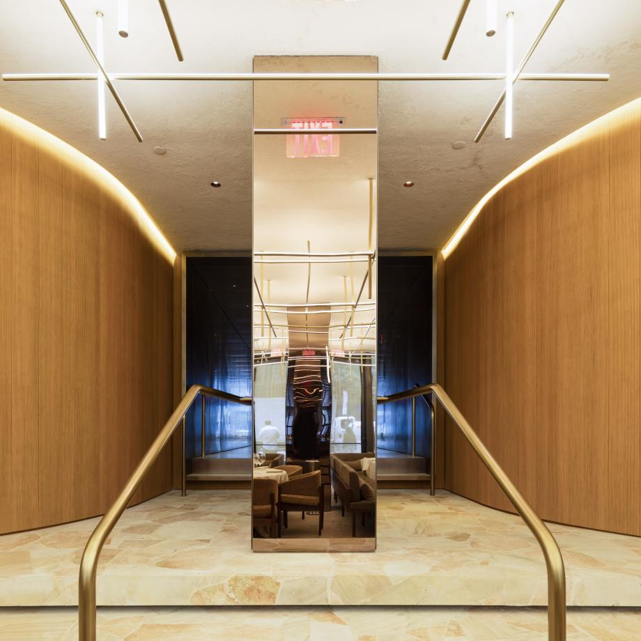 the_four_seasons_dining_room_entrance_fernando_guerra.jpg