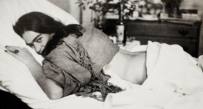 frida bed.jpg