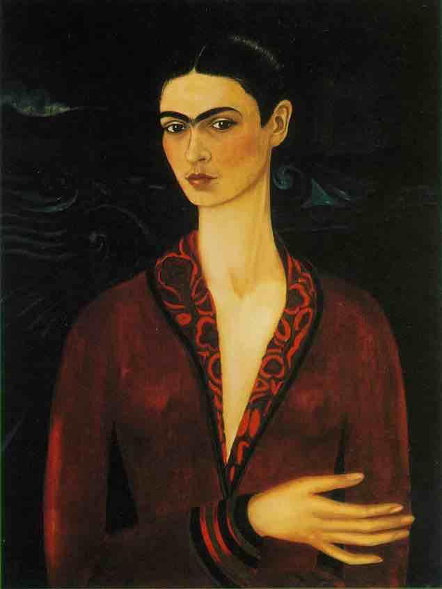 En el corazón de Frida - El Museo de Frida Kahlo está ubicado en una de las colonias más antiguas y bellas de la Ciudad de México, el apacible barrio de Coyoacán. Cuanto había soñado con visitar la Casa Azul de Frida Kahlo. Tanto que cuando llegue tuve la sensación de estar en un lugar ya familiar. Tantas veces la había visto en fotos, esa esquina de azul eléctrico, que no podía creer que por fin estuviera allí a escasos metros del lugar. Y si, la casa de Frida es maravillosa y la visita supero con creces mis expectativas.