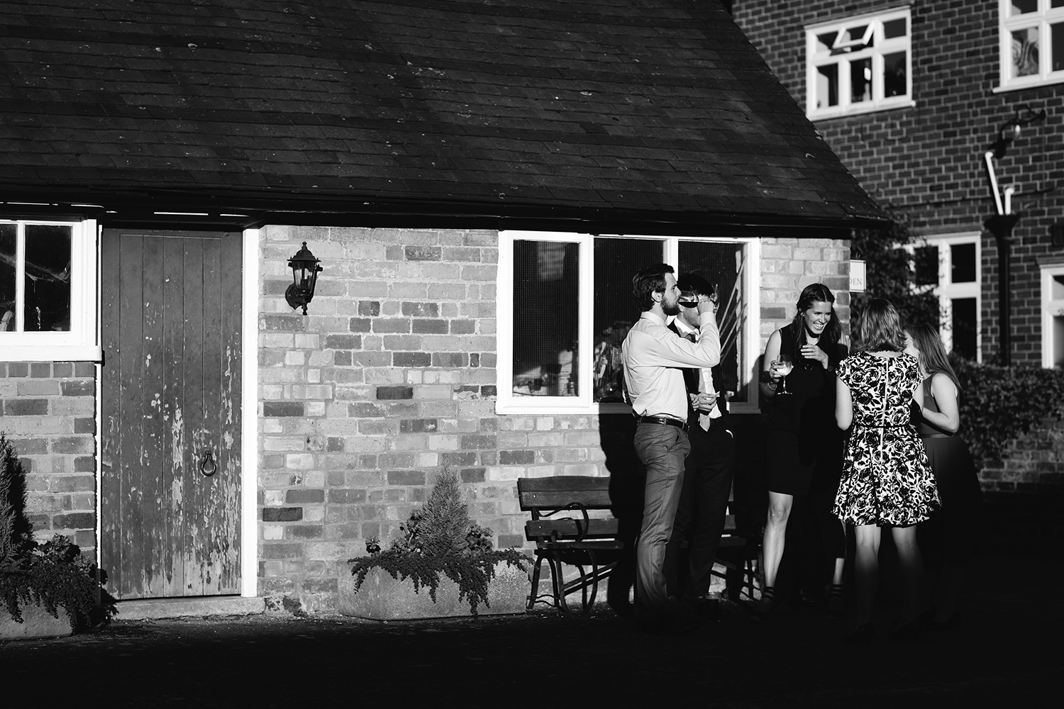 Wedding Photographer Worcester Springhill Barn 080.jpg