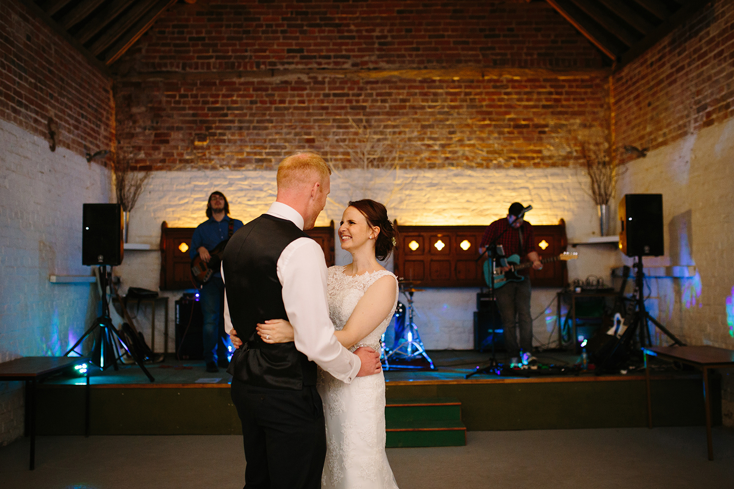 Wedding Photographer Worcester Springhill Barn 090.jpg