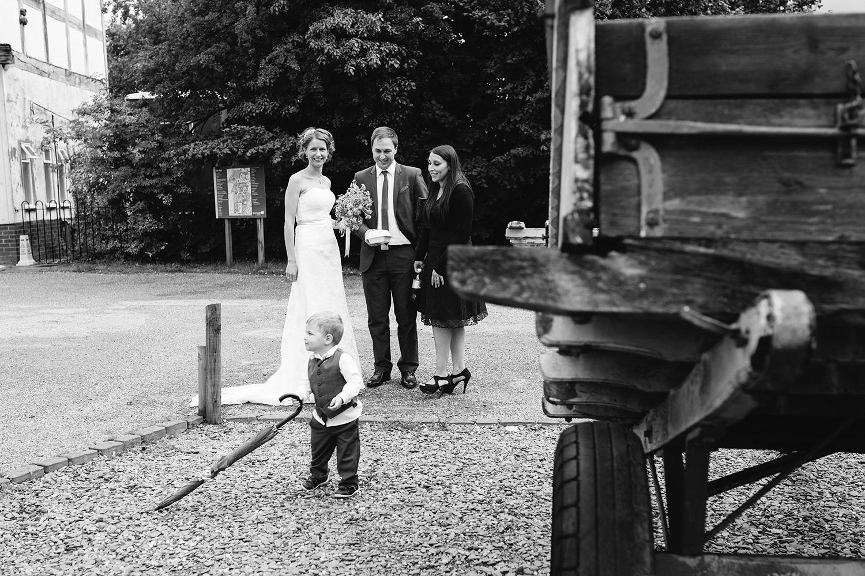 wedding-photographer-worcester-023.jpg