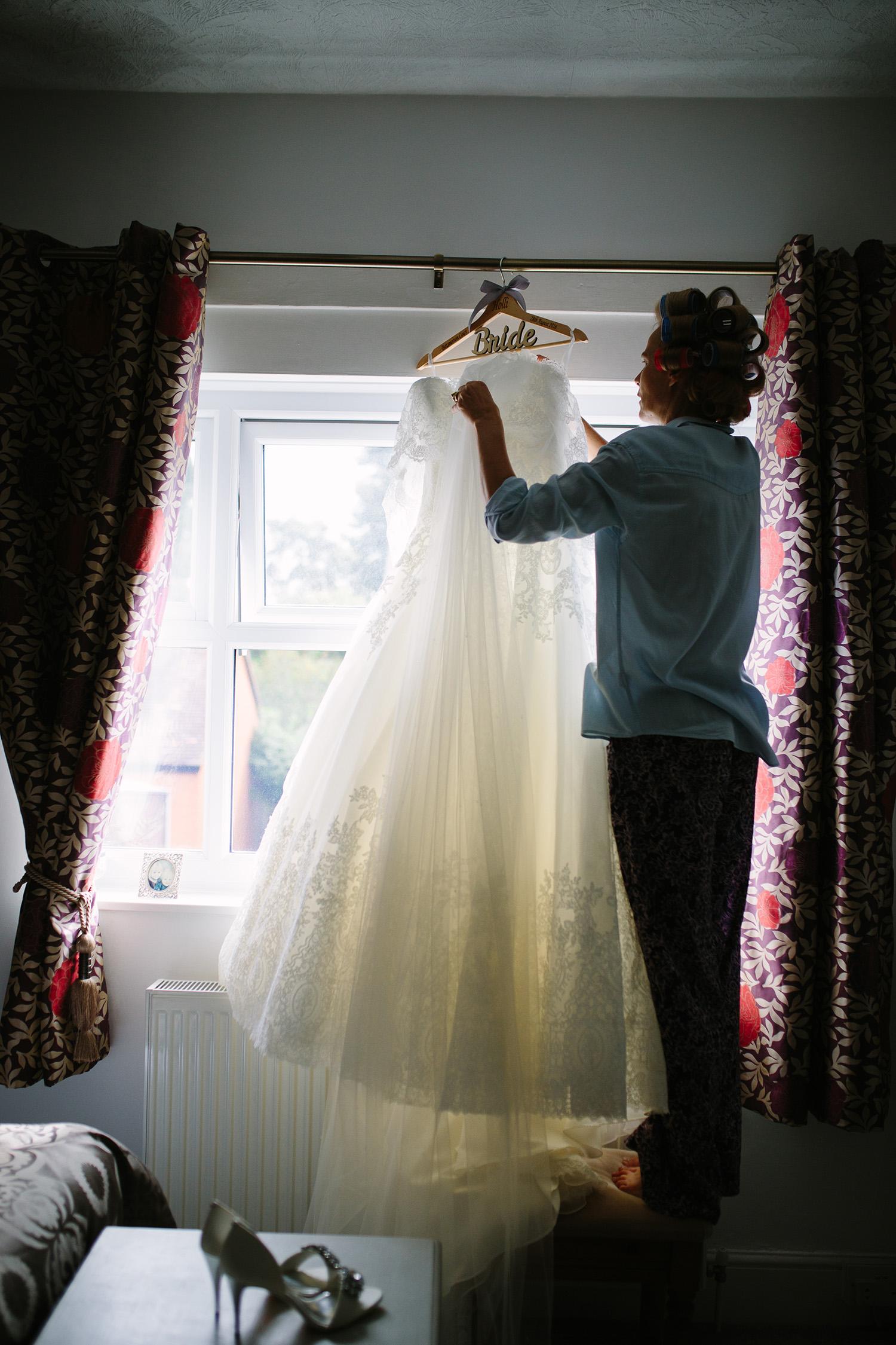 worcester-wedding-photographer-birtsmorton-court (6).jpg