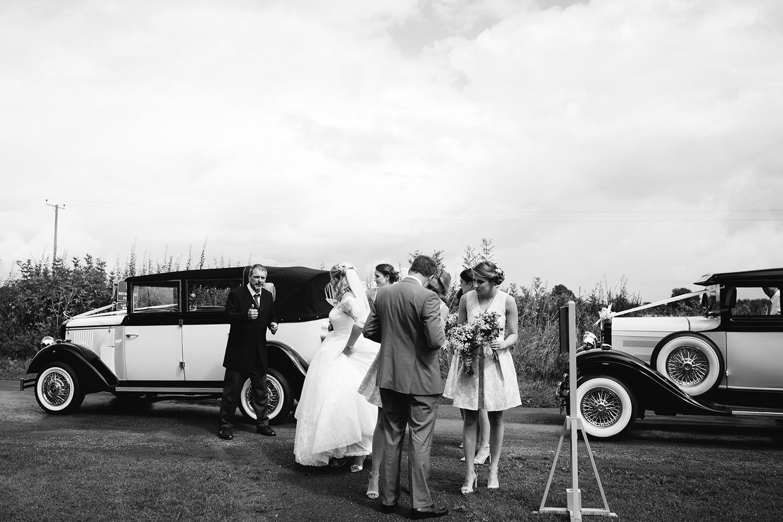 worcester-wedding-photographer-birtsmorton-court (20).jpg