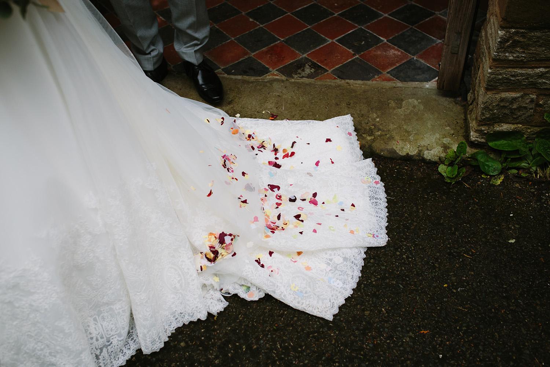 worcester-wedding-photographer-birtsmorton-court (36).jpg