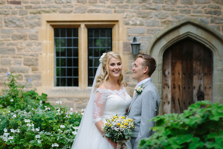 worcester-wedding-photographer-birtsmorton-court (53).jpg