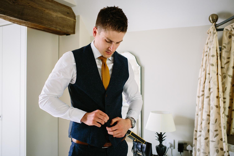 curradine-barns-wedding-photographer-worcester-017.jpg