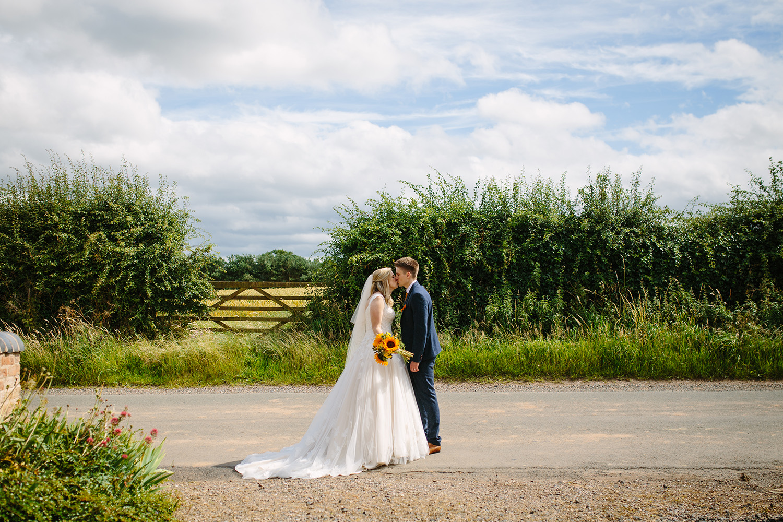 curradine-barns-wedding-photographer-worcester-041.jpg