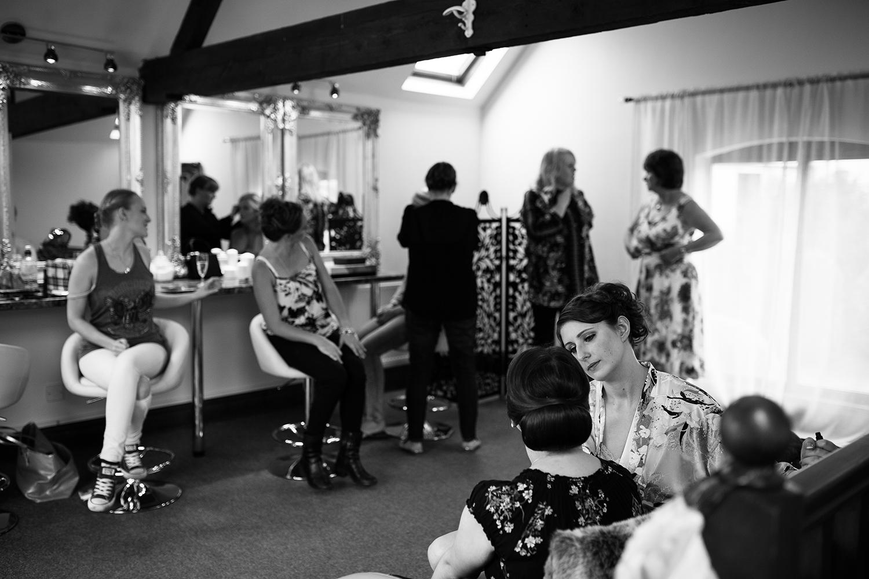 bordesley-park-farm-wedding-photography-009.jpg