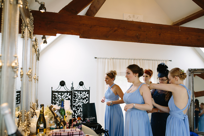 bordesley-park-farm-wedding-photography-022.jpg