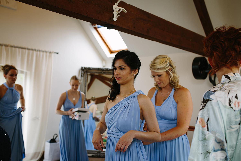bordesley-park-farm-wedding-photography-023.jpg