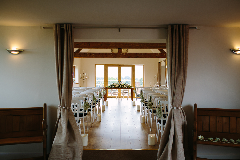 bordesley-park-farm-wedding-photography-026.jpg