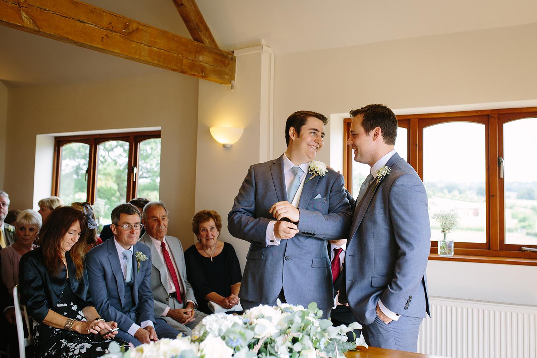 bordesley-park-farm-wedding-photography-038.jpg