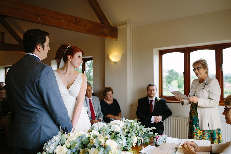 bordesley-park-farm-wedding-photography-042.jpg