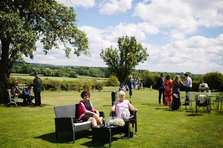bordesley-park-farm-wedding-photography-074.jpg