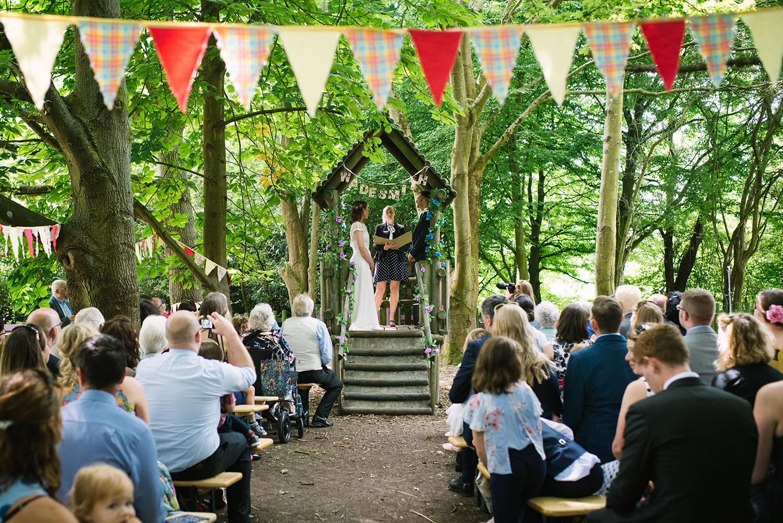 avoncroft-museum-bromsgrove-wedding-040.jpg
