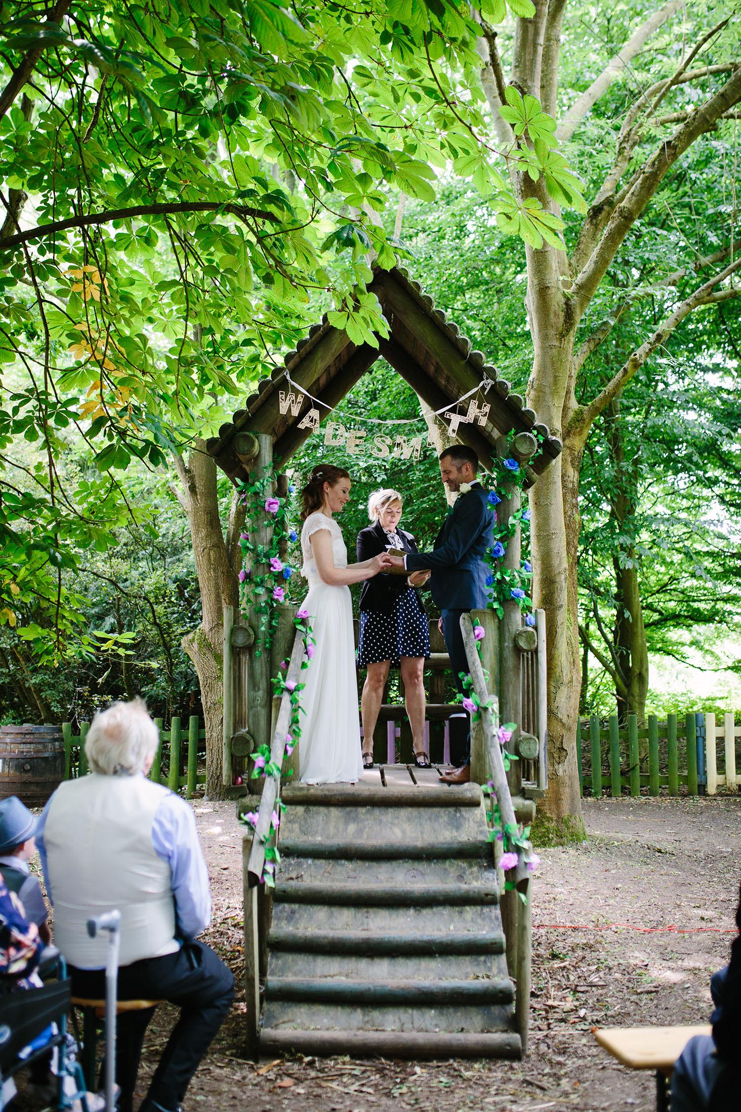 avoncroft-museum-bromsgrove-wedding-053.jpg