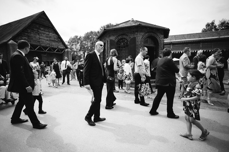 avoncroft-museum-bromsgrove-wedding-072.jpg