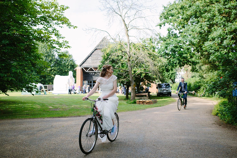 avoncroft-museum-bromsgrove-wedding-108.jpg