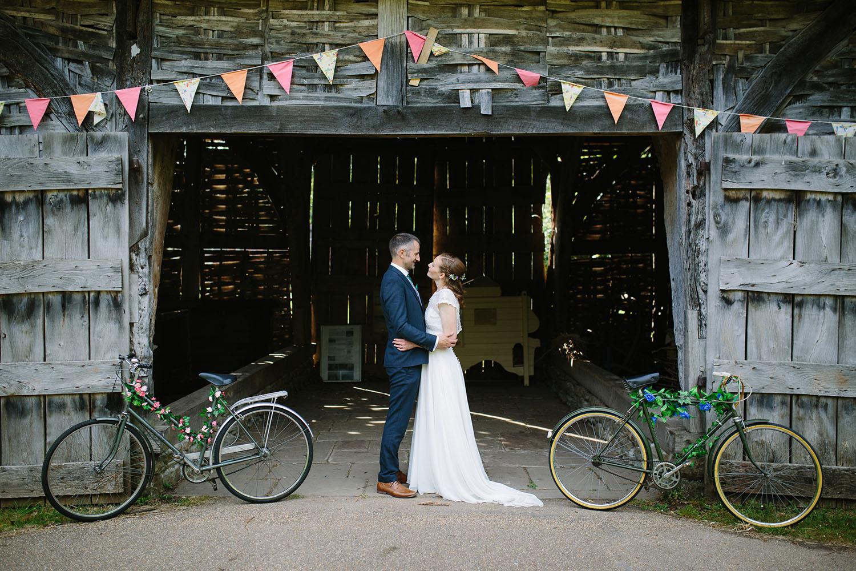 avoncroft-museum-bromsgrove-wedding-114.jpg