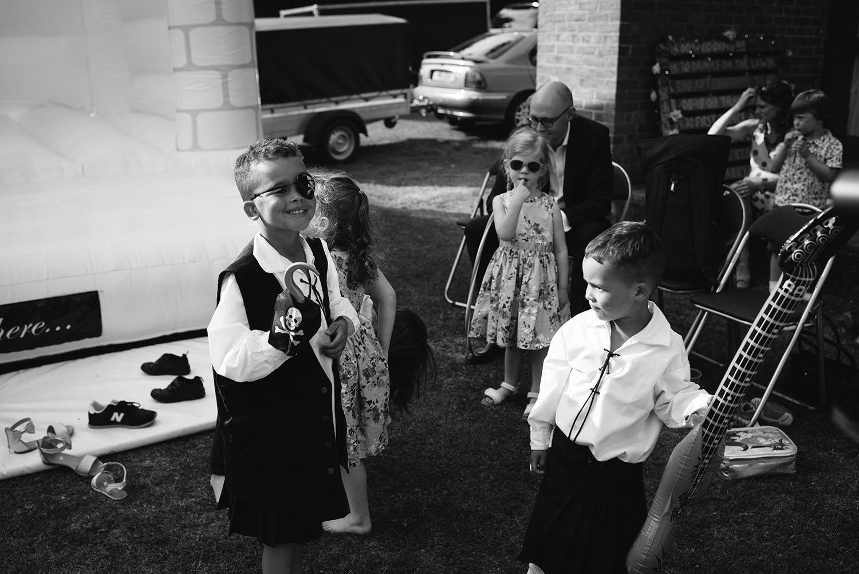 avoncroft-museum-bromsgrove-wedding-124.jpg