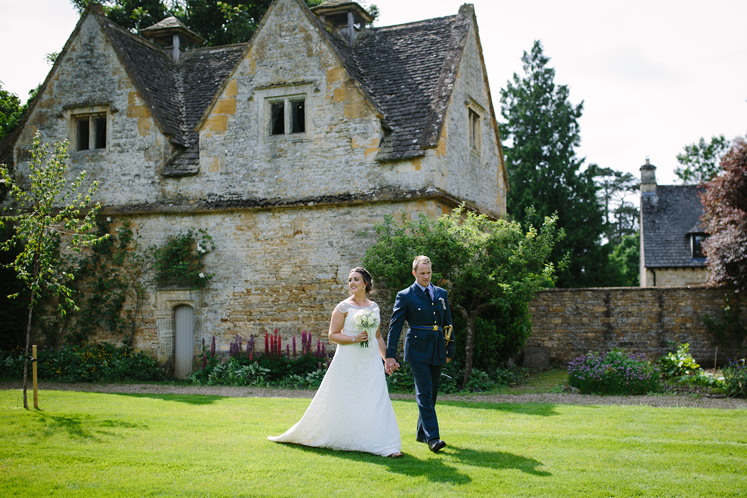 slaughters-manor-house-gloucester-wedding-photography-40.jpg