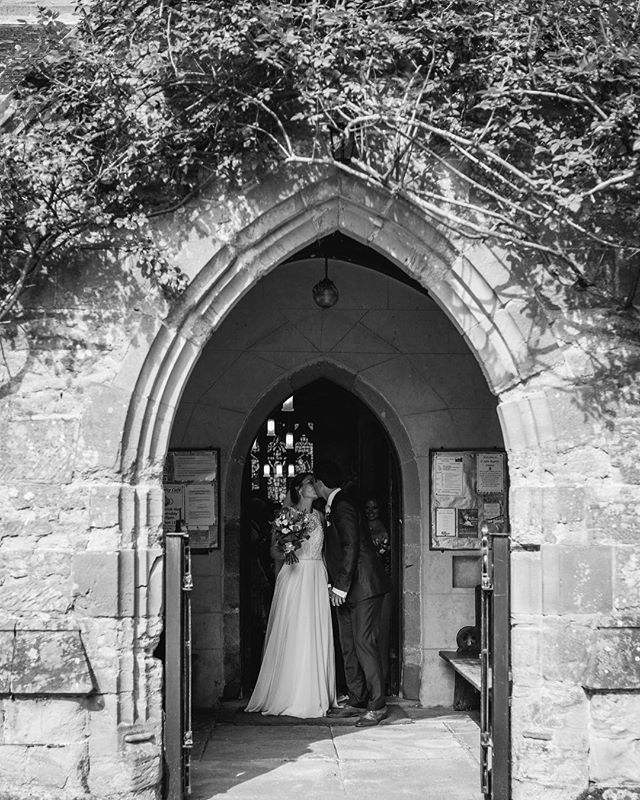 Church wedding . . . . #wedding #weddingphotography #bridetobe #justmarried #weddingphotographer #creativephotography #documentaryweddingphotography #documentaryphotography #photography  #samjaynephoto #samjayne #bridalfashion #rockmywedding #weddinginspiration #weddingideas #buzzfeedwedding #vsco #weddinghour #quirkywedding #lookslikefilm #claines #clainesworcester #claineschurch #claineschurchworcester #claineschurchwedding