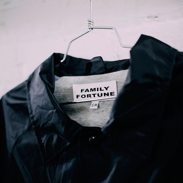 Fine details for our friends at @family.fortune. You looking to increase the retail value of your garments? Come by Witly to see what we can do for you and your offering. ⠀ ⠀ LINK IN BIO.⠀ //⠀ //⠀ //⠀ #WITLY #BYWITLY #WEARWITLY #HAMONT #STREETWEAR #SHOPHAMONT #HAMILTONISHOME #905 #MADEINCANADA #SHOPCANADIAN #CANADIANMADE #LOCALBUSINESS #GRAPHICDESIGN #PRINTLIFE #SCREENPRINT #SCREENPRINTING #EMBROIDERY #CUSTOMTSHIRT #PACKAGINGDESIGN #MERCH #BRANDING #GRAPHICTEE #APPARELDESIGN #FABRICPRINTING #TEXTILES #APPAREL #TEES