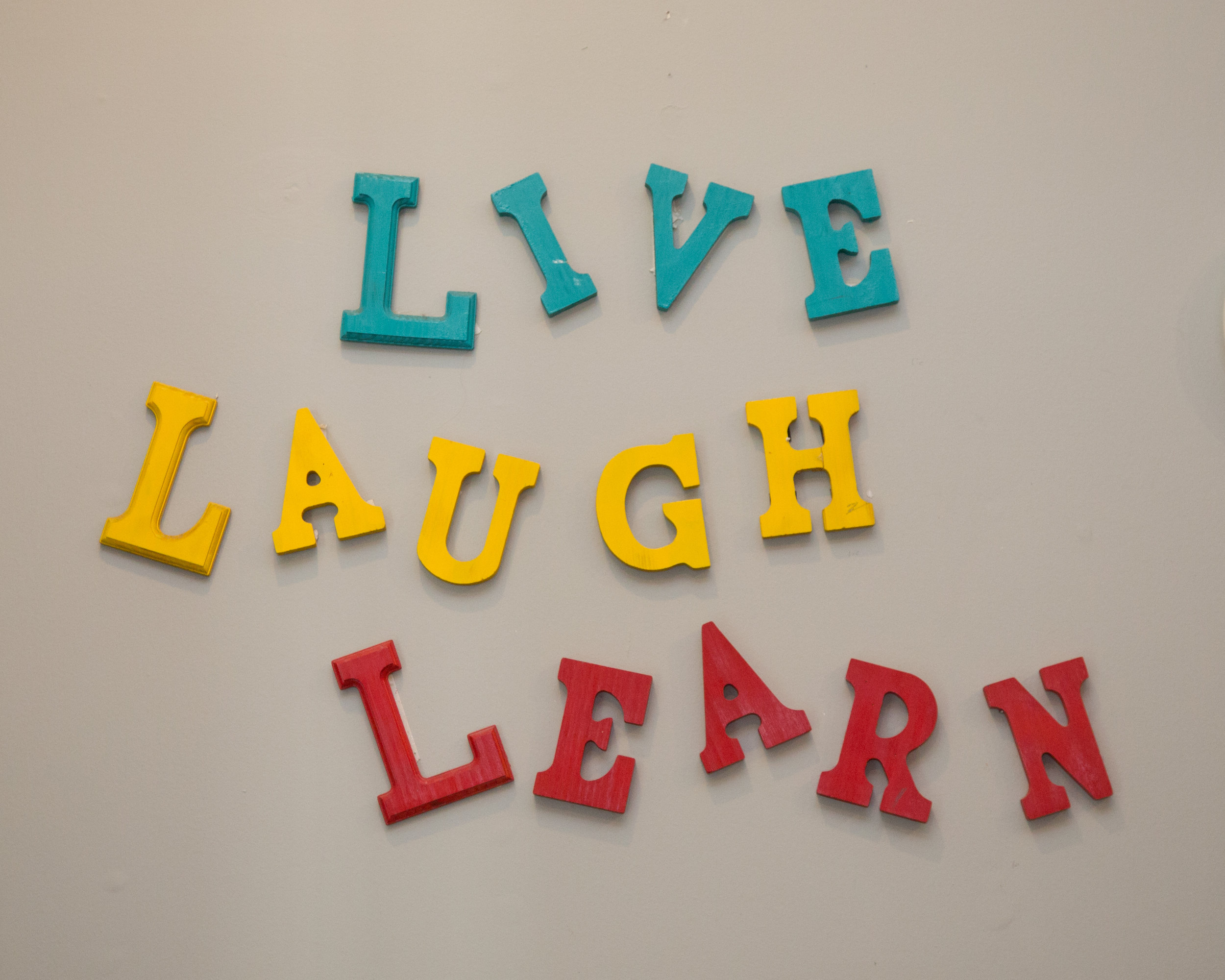 livelaughlearn.jpg