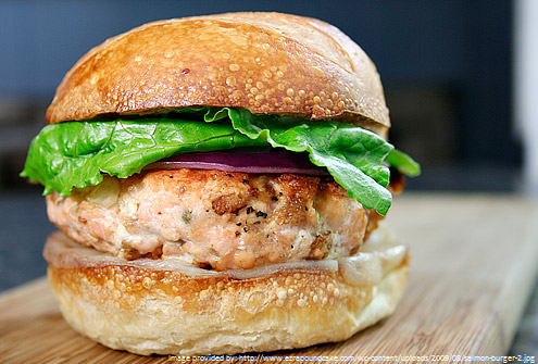 Super Salmon Burger