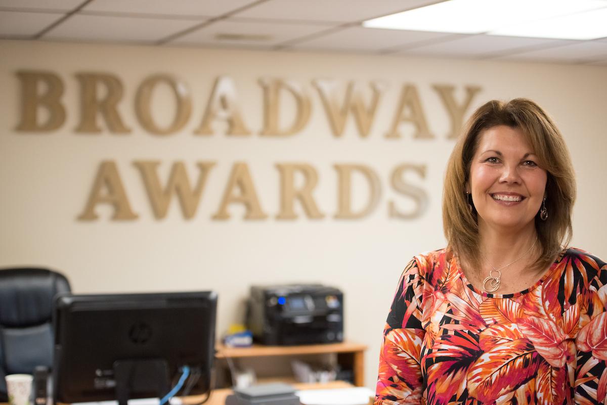 Minneapolis-awards-trophies-plaques-shop.jpg