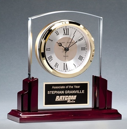 Minneapolis-corporate-gifts-glass-clock.jpg